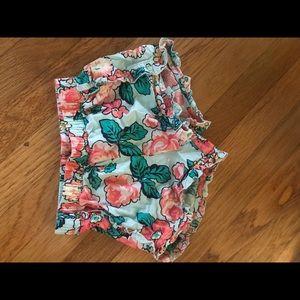 Baby Gap floral patterned shorts EUC